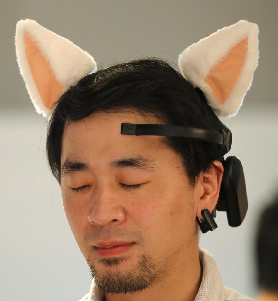 Necomimi cat ears by Neurowear