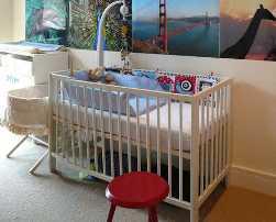 baby_nursery_room.jpg