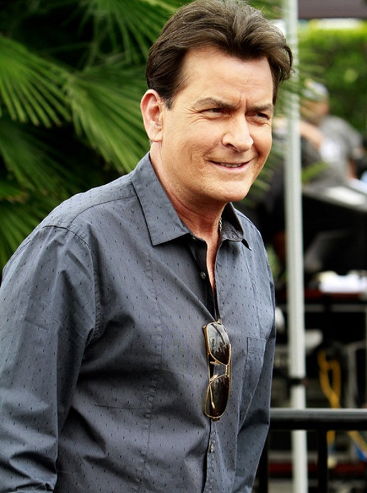 charlie-sheen-hiv-positive-status-reveal