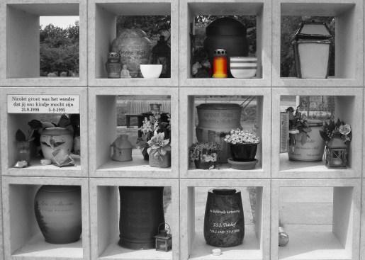 colombarum-urns.JPG
