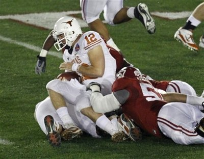 colt-mccoy-injury.jpg
