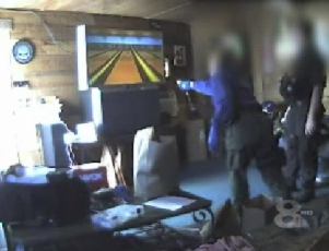 cops-playing-wii.jpg