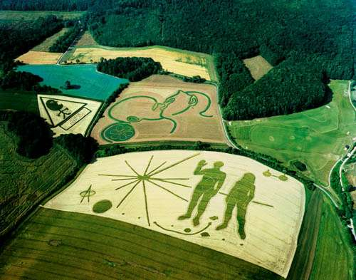 crop-circles-advertising-101.jpg