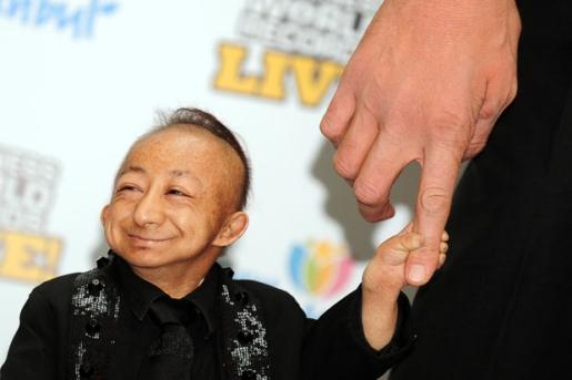 he pingping world�s shortest man dead at 21 187 popular