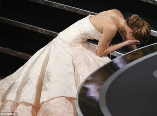 Jennifer Lawrence tripped on her way to accepting her Best Actress Oscar.