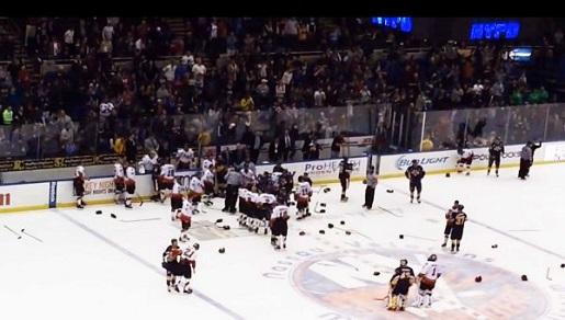 nypd-nyfd-charity-hockey-game-fight