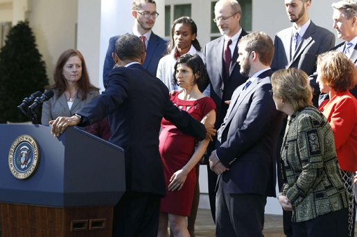President Obama checks on a fainting pregnant diabetic during his health care speech.