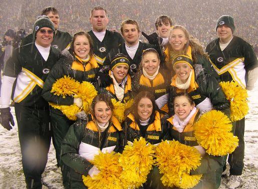 packers-cheerleaders.jpg