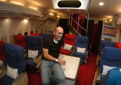 pan-am-airlines-replica-cabin.jpg