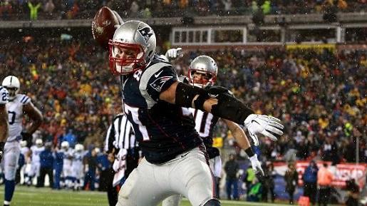 patriots-football-deflated