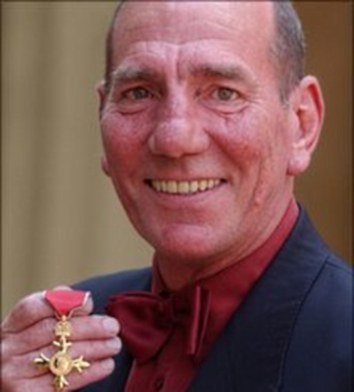 Pete Postlethwaite - Photo Actress