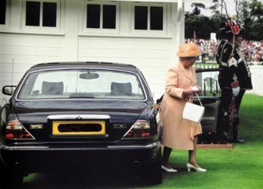 queen-elizabeths-car.jpg