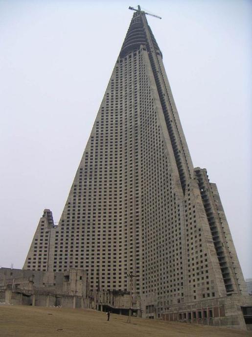 ryugyong-ghost-hotel.jpg