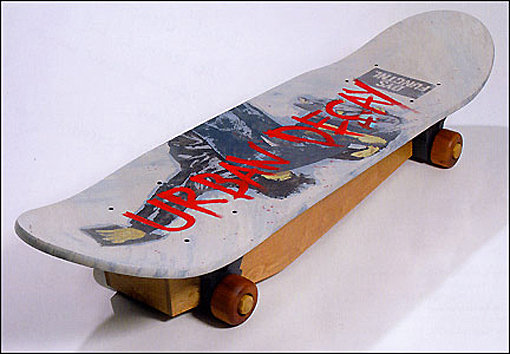 Skateboard coffin