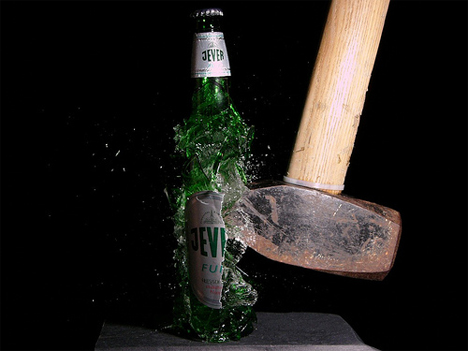 stefan-high-speed-photography-beer-bottle.jpg