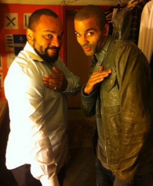 Tony Parker, right, does the quenelle.