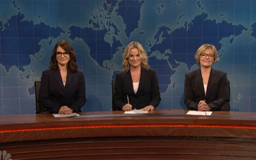Tina Fey, Amy Poehler, and Jane Curtin doing Weekend Update!